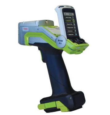 Figure 1. New handheld technology offers speed, accuracy, and productivity to PMI inspectors. (Photo courtesy Thermo Fisher Scientific)