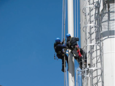 Figure 3. Rope access technicians performing on-stream NDE inspection.
